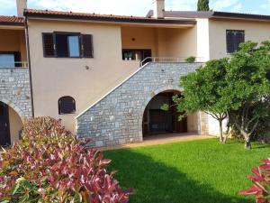 Istria Holiday Home Villa Adriatic, Vily  Kaštelir - big - 41