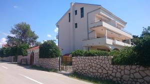 Apartment House Nono, Appartamenti  Povljana - big - 43