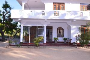 Pigeon Beach Hotel, Hotely  Nilaveli - big - 42