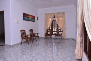 Pigeon Beach Hotel, Hotely  Nilaveli - big - 47
