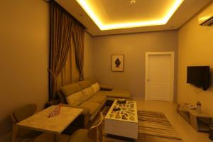 Dorrah Suites, Aparthotels  Riad - big - 76