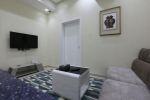 Dorrah Suites, Aparthotels  Riad - big - 61