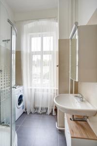 Apartment Grimms Haus, Apartmány  Karlovy Vary - big - 4
