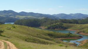 Pousada Canto do Lago, Гостевые дома  Пиракая - big - 41