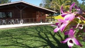Pousada Canto do Lago, Penziony  Piracaia - big - 85