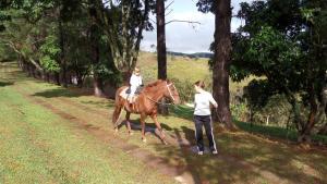 Pousada Canto do Lago, Гостевые дома  Пиракая - big - 55