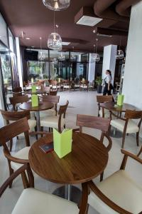 Hotel International, Hotels  Crikvenica - big - 27
