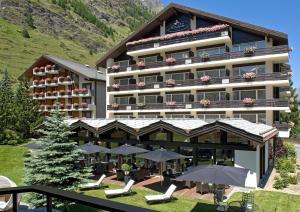 Hotel Mirabeau, Отели  Церматт - big - 47