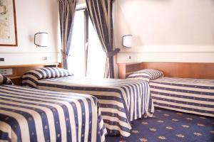 Hotel Flora, Отели  Милан - big - 63