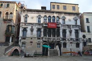 Residenza Ruga Giuffa - AbcAlberghi.com