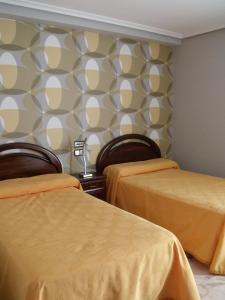 Hostal Salones Victoria, Penzióny  Santa Marina del Rey - big - 2