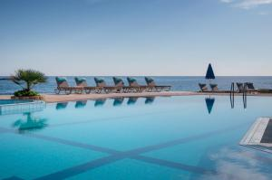 Hostales Baratos - Pyrgos Beach Hotel Apartments