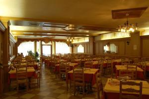 Hotel Milano, Hotely  Asiago - big - 23