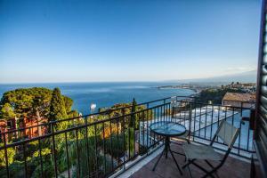 Panoramica sul mare - Taormina - AbcAlberghi.com