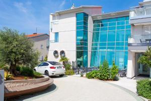 Adrion Aparthotel