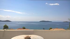 Azalea View -