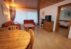 Résidence Mont-Calme, Apartmanhotelek  Nendaz - big - 23