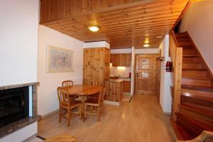 Résidence Mont-Calme, Apartmanhotelek  Nendaz - big - 18