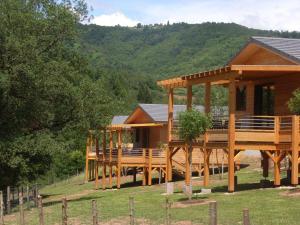 Location gîte, chambres d'hotes La Ferme Du Duzou dans le département Aveyron 12