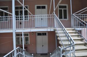 Nukri Guest House, Гостевые дома  Гори - big - 18