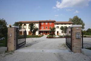 Le Favole Agriturismo, Venkovské domy  Sacile - big - 35