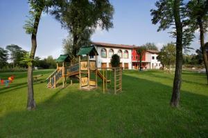 Le Favole Agriturismo, Venkovské domy  Sacile - big - 17