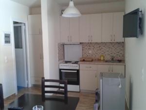 Magic Ionian Apartments & Rooms, Guest houses  Himare - big - 70