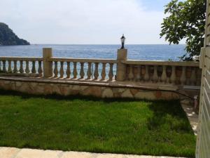 Magic Ionian Apartments & Rooms, Guest houses  Himare - big - 18
