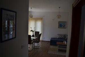 Apartments Porat, Тиват