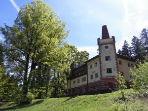Albergues - Turistická ubytovna Zámeček