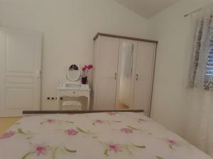 Istria Holiday Home Villa Adriatic, Vily  Kaštelir - big - 44
