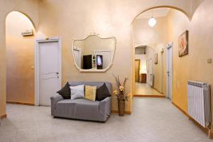 Via Marsaglia Rooms - AbcAlberghi.com
