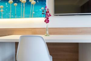 Globales Mediterrani, Hotels  Cala Blanca - big - 42