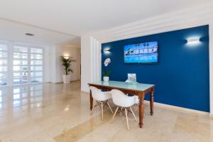 Globales Mediterrani, Hotels  Cala Blanca - big - 27
