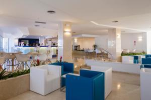 Globales Mediterrani, Hotels  Cala Blanca - big - 25