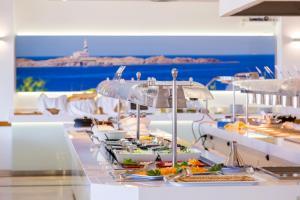 Globales Mediterrani, Hotels  Cala Blanca - big - 17