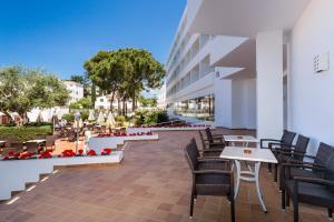 Globales Mediterrani, Hotels  Cala Blanca - big - 13