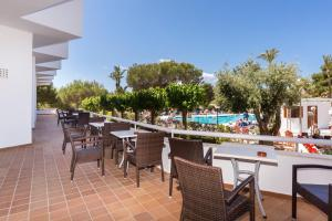 Globales Mediterrani, Hotels  Cala Blanca - big - 11