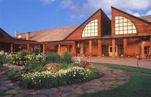 Grouse Mountain Lodge - Accommodation - Whitefish Mountain Resort