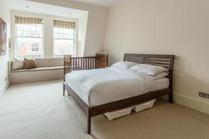 onefinestay - South Kensington private homes III, Апартаменты  Лондон - big - 135