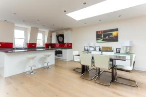 onefinestay - South Kensington private homes III, Апартаменты  Лондон - big - 133