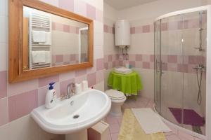 Apartments Vila Rosa Mora, Apartmány  Crikvenica - big - 26