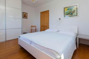 Apartments Vila Rosa Mora, Apartmány  Crikvenica - big - 22
