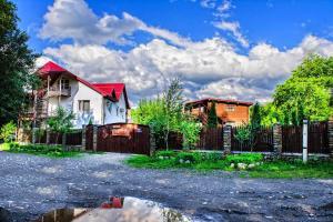 Гостевой дом Жили-Были, Каменномостский