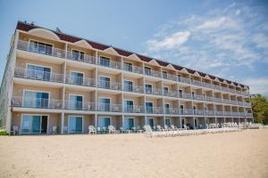 Bayshore Resort - Hotel - Traverse City