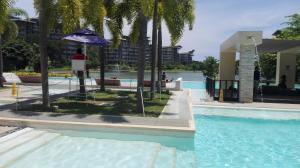 Lagoon View Condominium at Mount Pico de Loro and Hamilo Coast, Apartmány  Nasugbu - big - 1