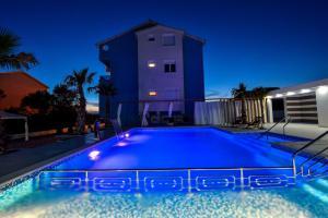 Villa Nika, Apartments  Bibinje - big - 3