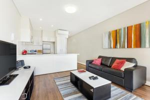 Glebe Self-Contained Modern One-Bedroom Apartments