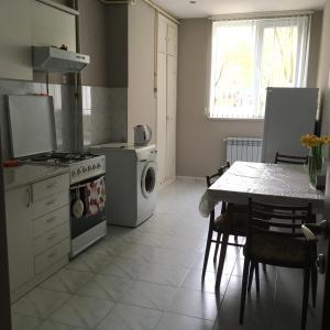 Saryan Street and Mashtots blvd area, Apartmány  Jerevan - big - 10