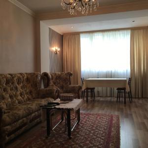 Saryan Street and Mashtots blvd area, Apartmány  Jerevan - big - 12